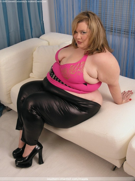 Juicy Little Fat Girl pantalon 08