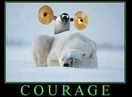COURAGE Un pingouin avec des cymbales.