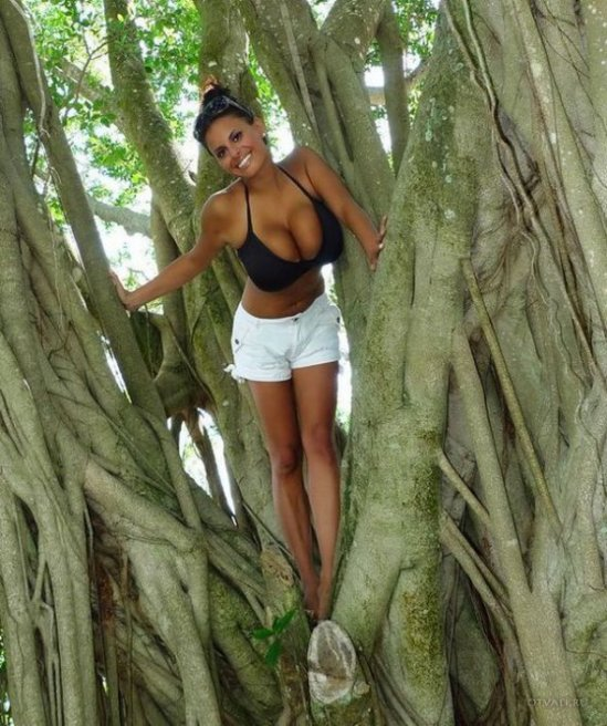 gros nichons et gros arbre eroticheskij-miks_46267_s__19