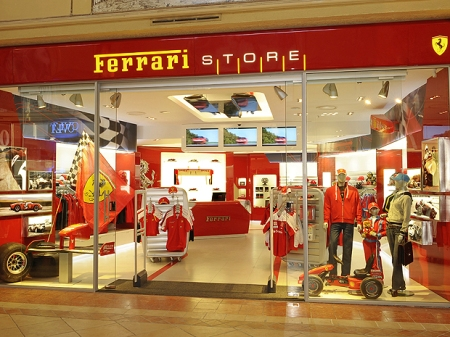 Ferrari-Store-Boutique